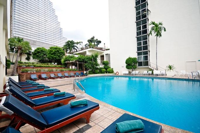 Swimming Pool Facility at Narai Hotel Bangkok
