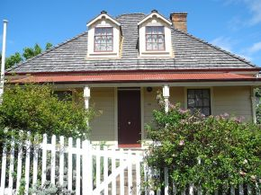Colonial Cottage Museum – The First Settlers of New Zealand